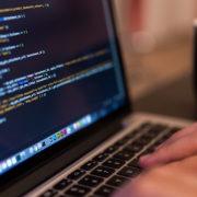 programador de diseño web trabajando